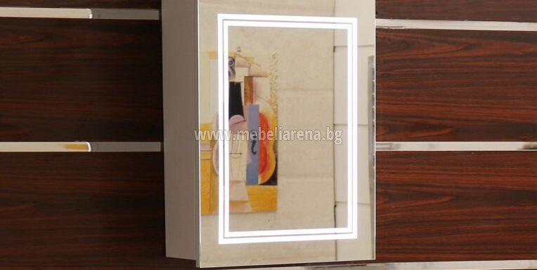 огледален PVC шкаф